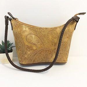 RELIC Embossed shoulder bag
